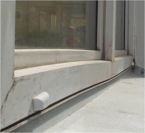 искривление рамы окна