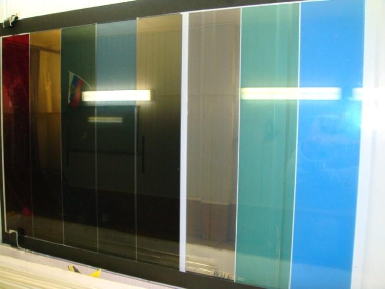 Декоративная тонировочная плёнка разных цветов для окон
